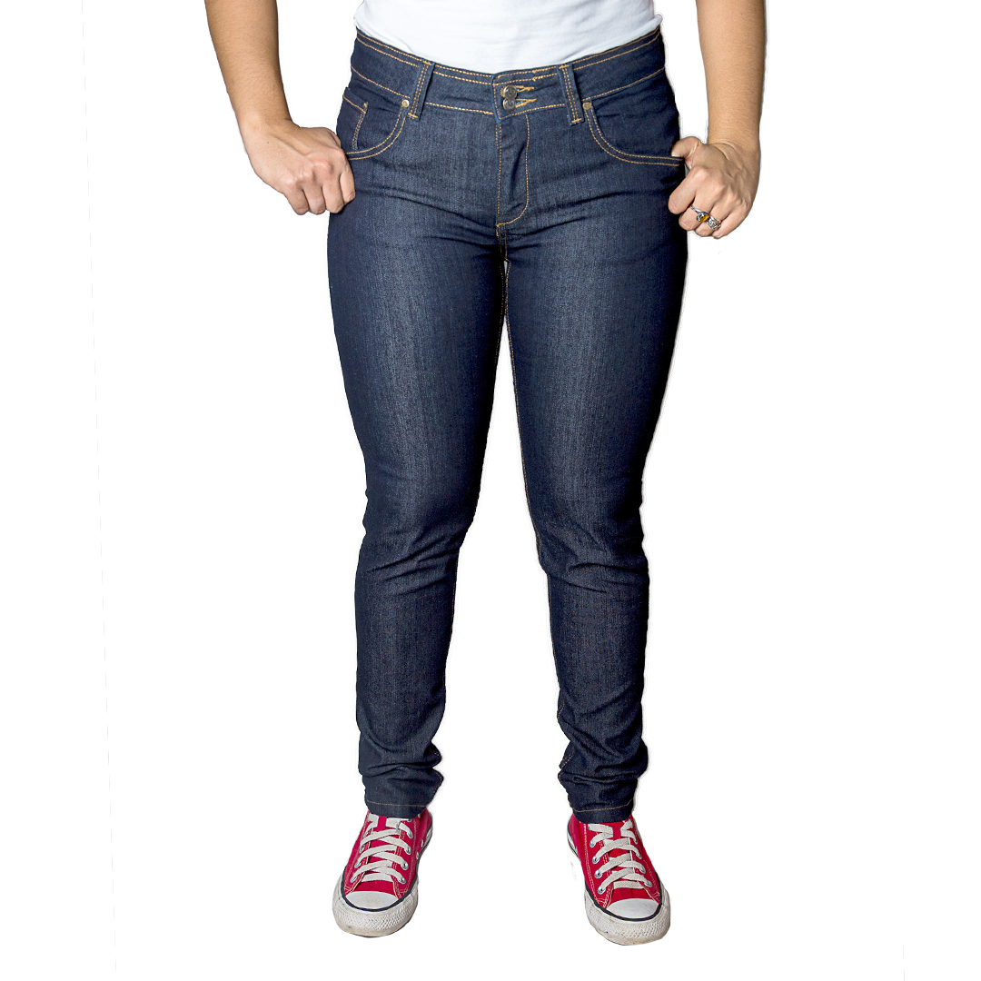 693724ca7bf31 Jeans Damas Azul Marino SLOWLY Modelo Oscuro - Tienda Chaia